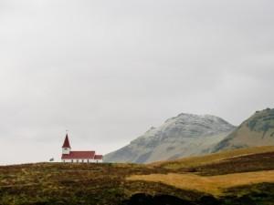 church-hills-landscape-3751-466x350